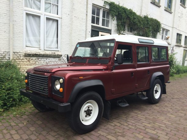 Land Rover Defender 110 with custom roof