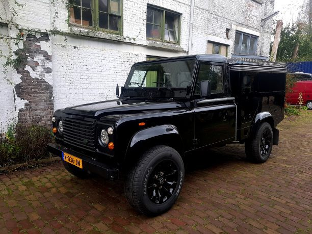 Land Rover Defender 110 Box truck