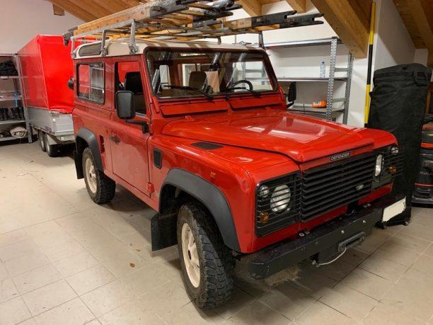 Land Rover Defender 90 Firebrigade